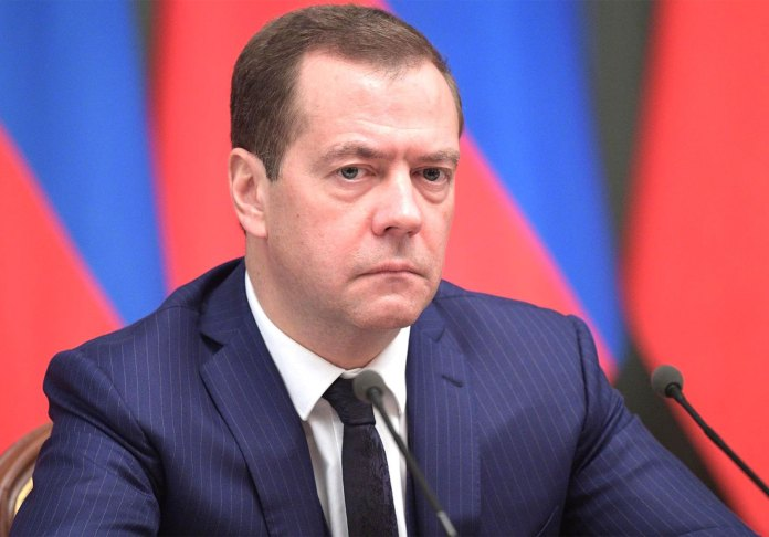 Dimitri Medvedev, Rusia