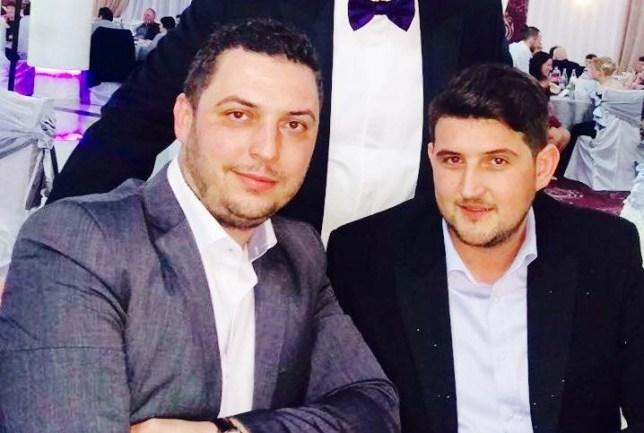 Consilierul Județean PSD Daniel Călăraju împreună cu Sorin Manda, fratele europarlamentarului PSD Claudiu Manda și manager al Regiei Autonome de Transport Craiova