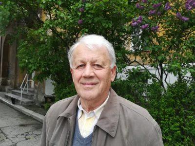 "Slidul de poezie / ""Gropița din… obraz"", de Dorel Neamțu"
