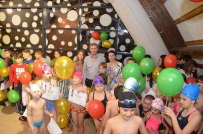 """Bazinul didactic de înot """"Avram Iancu"""" de la Petroșani a împlinit 5 ani de la inaugurare"""