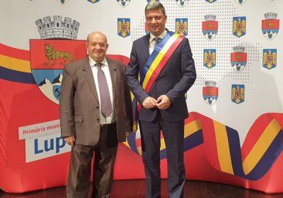 Iacob Mesaroș rămâne la conducerea executivă a Primăriei Lupeni, alături de primarul Lucian Resmeriță
