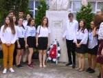 """Proiect educaţional organizat de Colegiul """"Calistrat Hogaş"""" la Biblioteca municipală"""