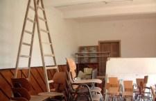 Reparaţii şi igienizări pe ultima sută de metri la Şcoala Plopii Slăviteşti