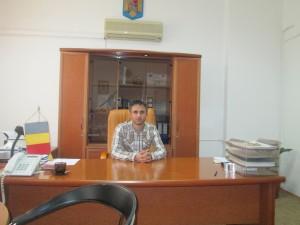Primar Nicolae Badanoiu (2)