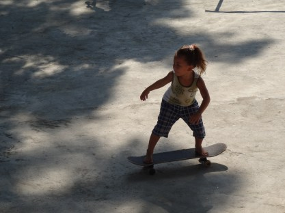 Julio's niece dropping in barefoot