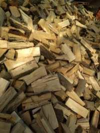 lisciaste Drewno opałowe w workach.