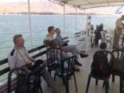 Jezioro to nazywane jest w różny sposób: jezioro (morze) Genezaret, Tyberiadzkie, Kinneret, Galilejskie...