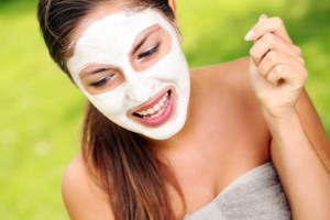 How To Apply Sheet Mask or Face Pack