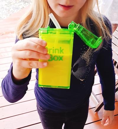 drink in the Box_strohhalm