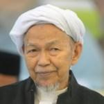 Tuan guru datuk Nik Aziz nik mat meninggal dunia, alfatihah.