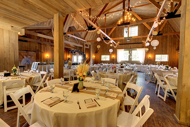 Rustic Barn Wedding Milwaukee