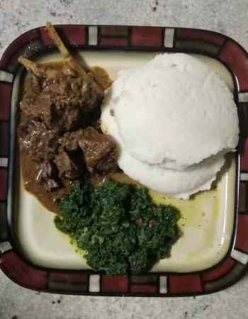 sadza, stew and green vegetables