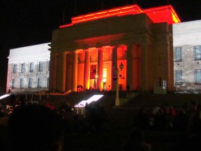 Anzac Illuminations, Auckland War Memorial Museum. Photos: Su Leslie 2012