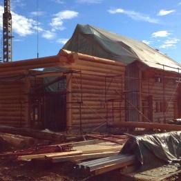 Blockhausbau Baustelle