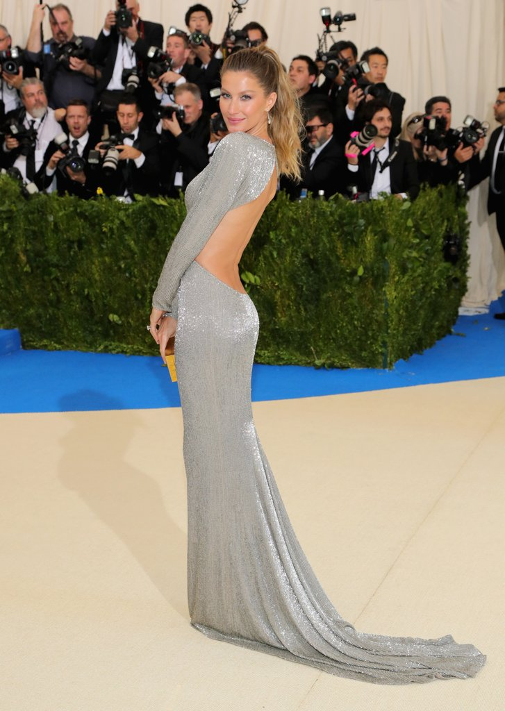 Gisele-Bundchen-Stella-McCartney-Dress-Met-Gala-2017