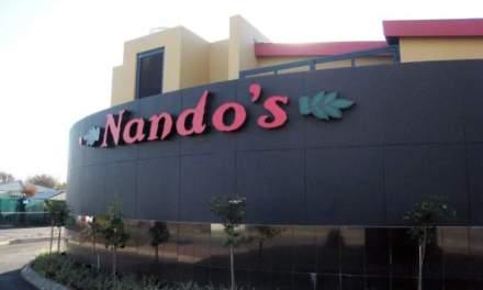 Nando's takes Nduna,Mliswa for lunch
