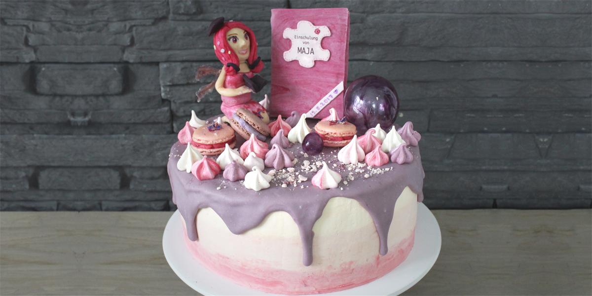 "Dripping Cake ""Mia and Me"" mit Baiser und Macarons"