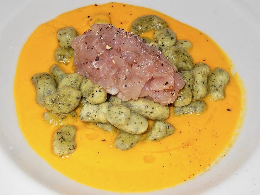 Rezepte: Hauptgerichte: Kräuter-Gnochi mit Thunfisch-Tartar
