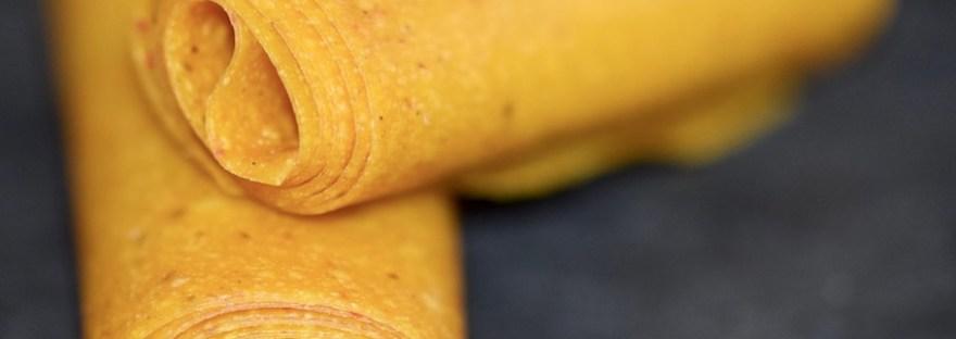 Rezepte: Süßes: Mango-Chili-Fruchtleder - zwei Rollen