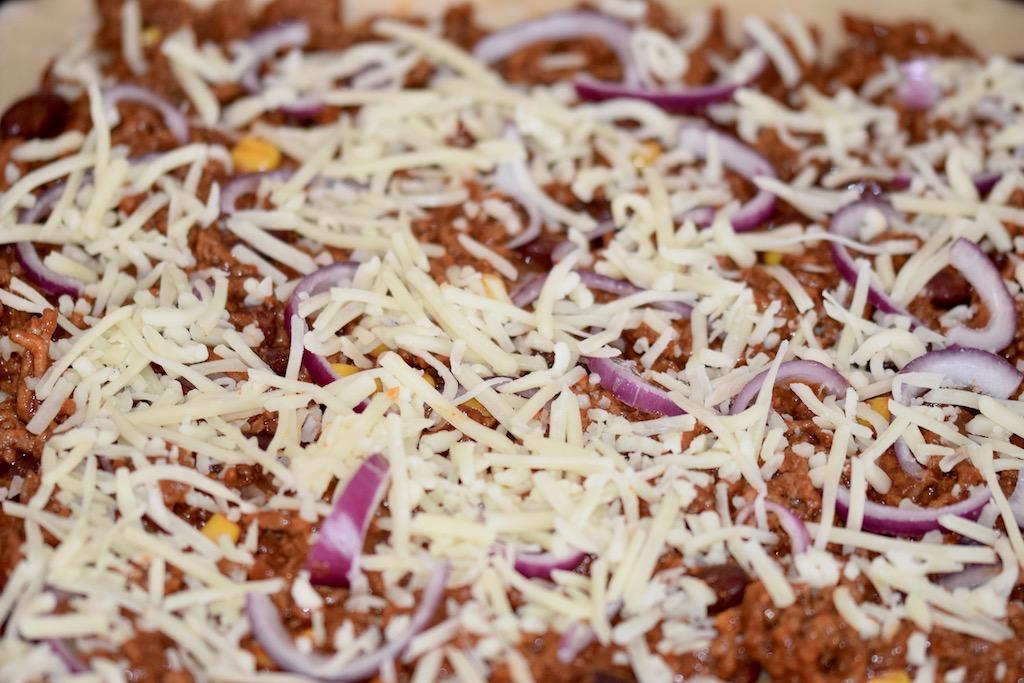 Rezepte: Hauptgerichte: Pizza Messicana mit Käse - ungebacken
