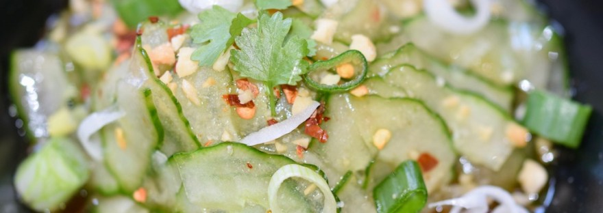 Rezepte: Salate & Dressings: Thai-Gurkensalat