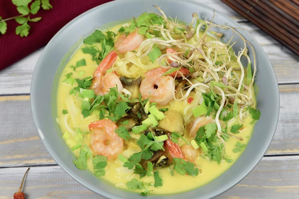 Laksa mit Garnelen - Laksa - Garnelen - malaysische Küche - Suppe - Rezept - einfach - vegane Variante - glutenfrei - Nudelsuppe - Singapur - Laksa Lemak - asiatisch