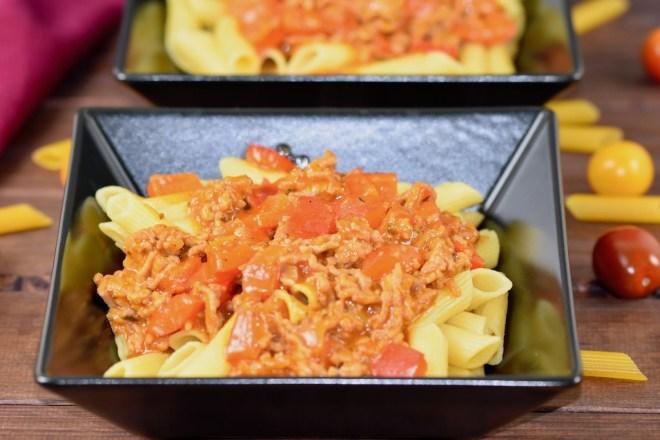 Paprika-Hackfleisch-Pfanne mit Nudeln - Rezept - glutenfrei - schnell - einfach - milchfrei - Pfannengericht - Hackfleisch - Nudeln - Paprika - Clean Eating - Abendessen