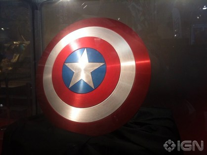 sdcc-10-caps-real-life-shield-20100725114757172