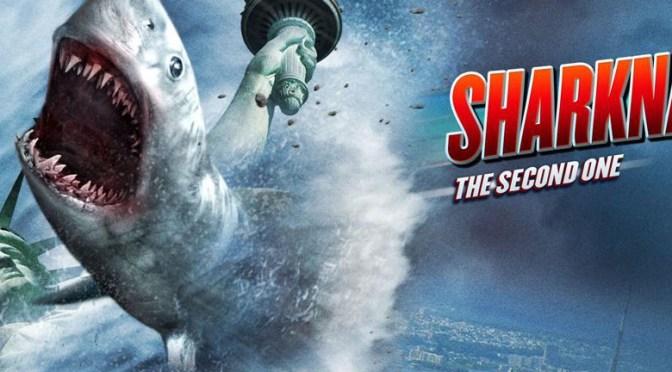 Sharknado 2 (2014) – un absurdo de proporciones bíblicas