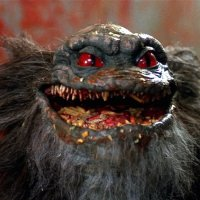 Critters 2 (1986), carne sin hueso