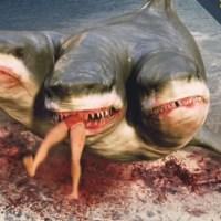 El ataque del tiburón de tres cabezas (2015), horrorosa