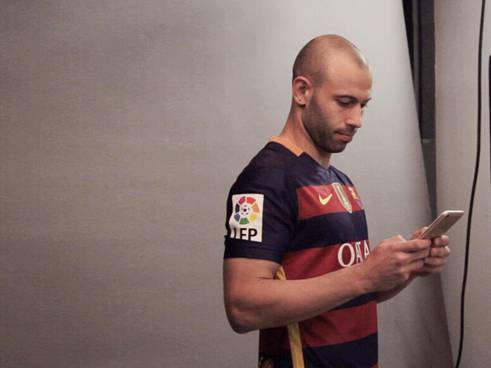Javier-Mascherano-from-the-FC-Barcelona-were-being-spotted-in-the-studio-holding-from-what-we-suspect-R9