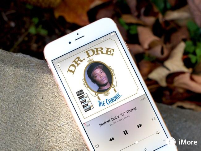 dr-dre-iphone-apple-music-hero