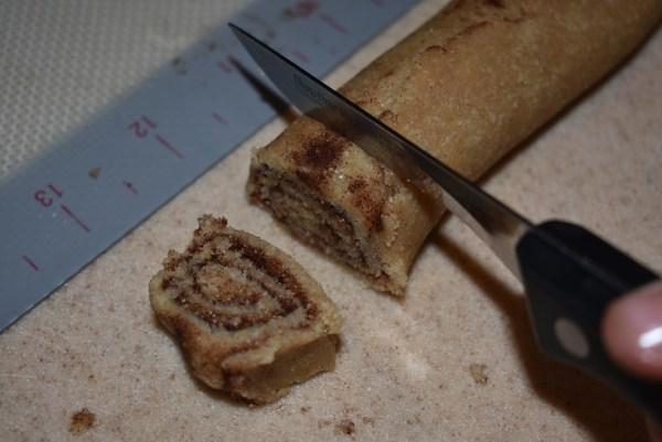 Cinnamon Apple Pie crust 2