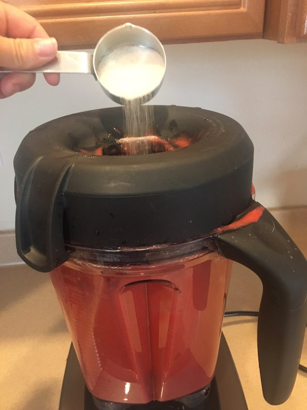 fruit snacks pouring sugar