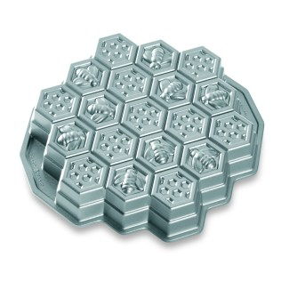 Honeycomb Pull-Apart Pan $35