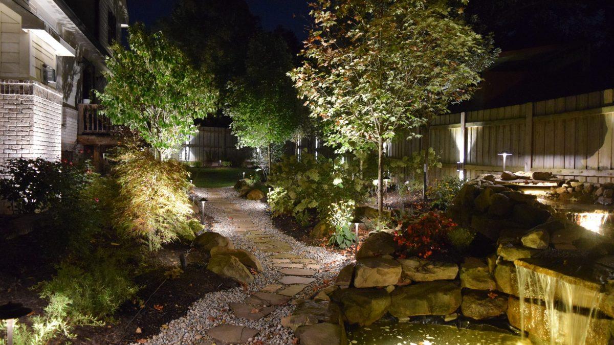 glimmer landscape lighting adds beauty