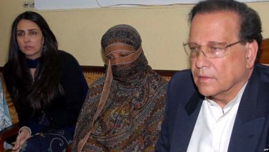 Photo of Supreme Court Acquits Aasia Bibi After a Decade of Injustice