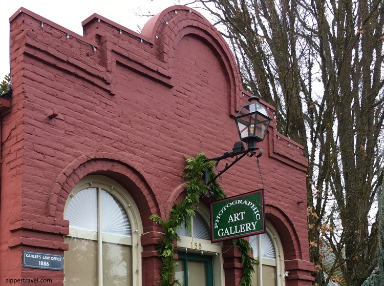 photographic-art-studio-exterior-jacksonville-oregon