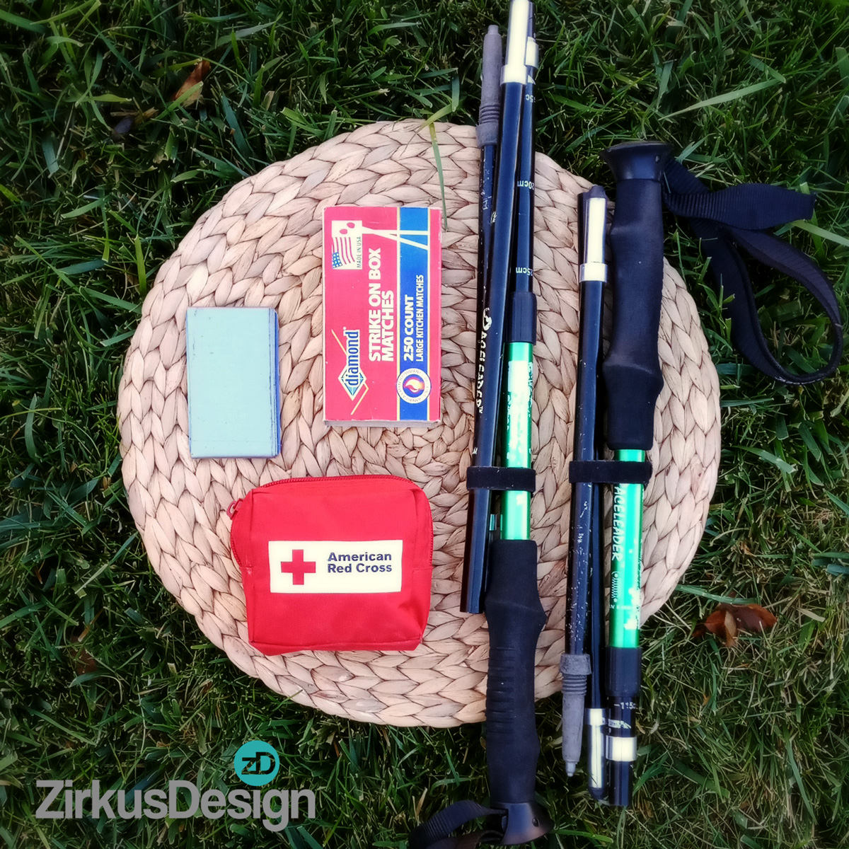 What to Pack for a Family Day Hike - FREE Printable Checklist! - ZirkusDesign.com - Essential Gear for Hiking with Kids