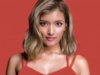 ローラの顔画像