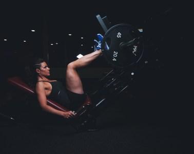 czego nie robić na siłowni