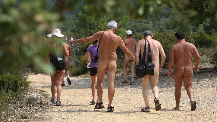 Sunday Nudist
