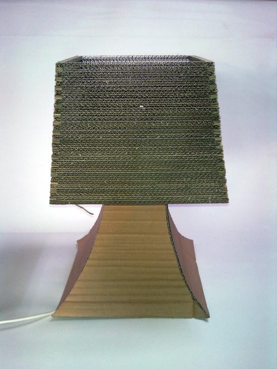lampa-biurko-1 - z tektury, z kartonu