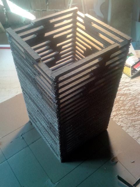 lampa-luk-z-kartonu-1
