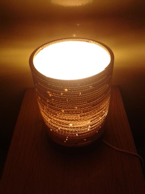 Lampa z kartonu okragla - 3