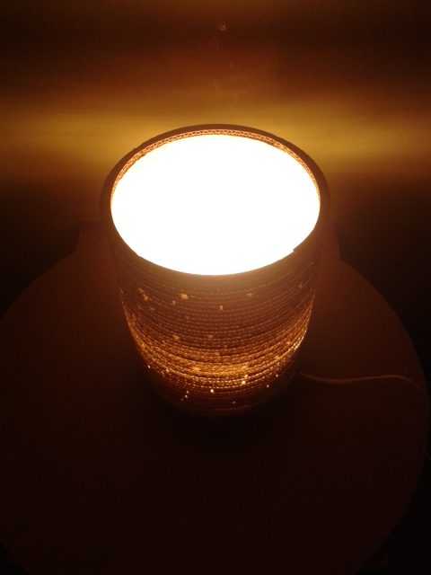 Lampa z kartonu okragla - 4