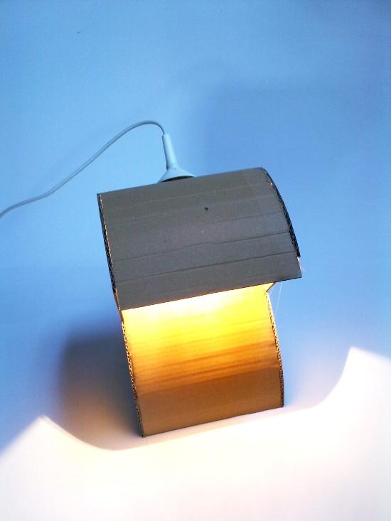 lampa-prototyp-3 - z tektury, z kartonu
