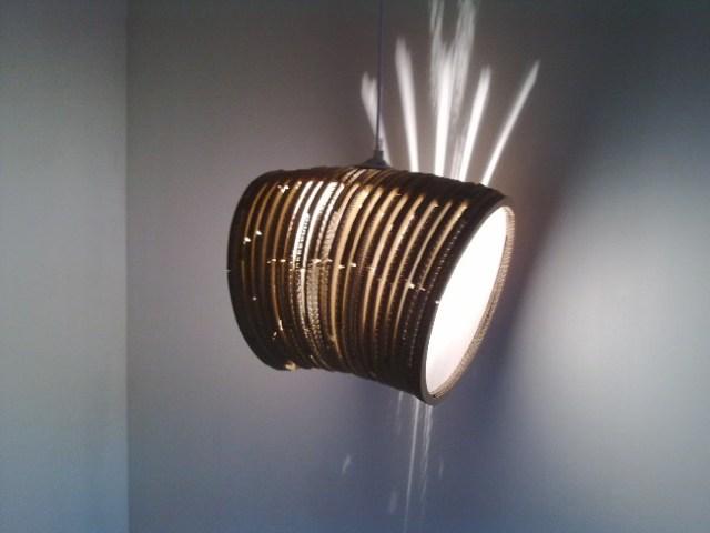 lampa-zebra-16 - lampa z tektury