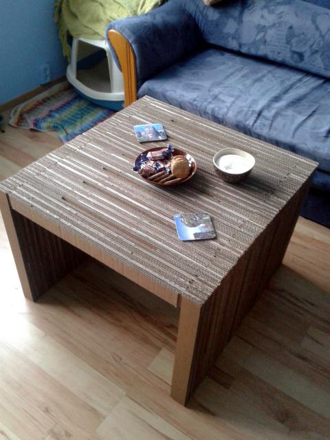 stol z tektury - 10